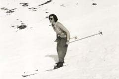 Isbel Skiing