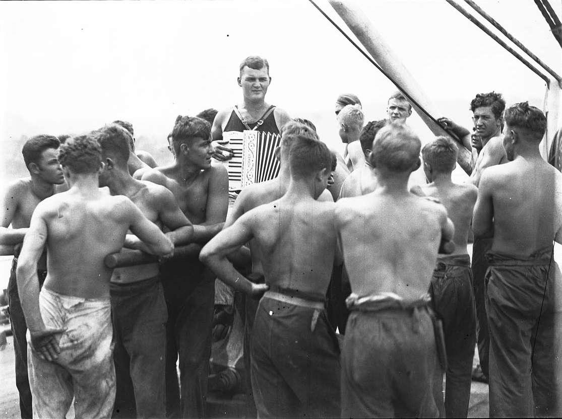 German sailors and an accordion player on board Magdalene Vinnen, March 1933